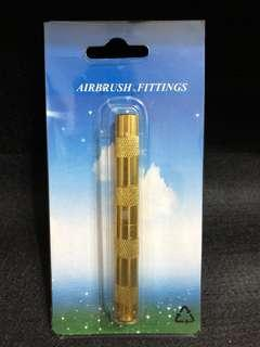 Airbrush tip cleaner