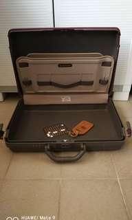 Samsonite briefcase  40 x 50 cm