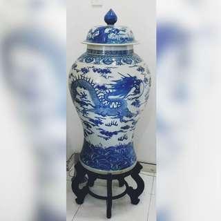Antique Dragon Porcelain vase