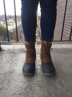 Sorel boot (size 8)