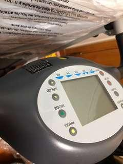 treadmill , 跑步機 (可摺 容易收藏) Weslo Cadence 4.9