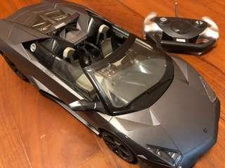 法拉利搖控模型跑車