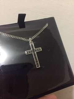 🚚 施華洛世奇黑水晶十字項鍊 奧地利精品全新 Swarovski