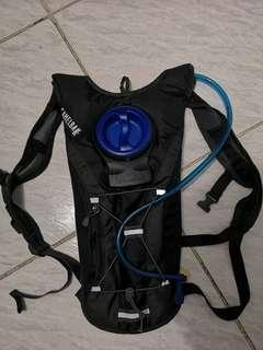 GOURDE BACKPACK 2L, CAMELBAK ORIGINAL.