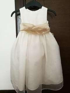 Bridesmaid flowergirl dress