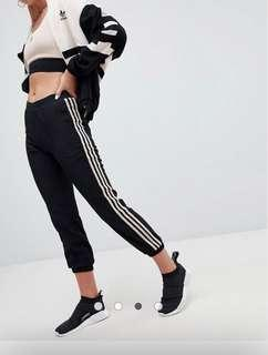Adidas Originals Aa-42 Cuffed Joggers In Black And Beige