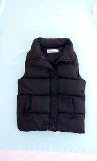 🚚 女秋冬保暖鋪棉加厚黑色背心,超級保暖