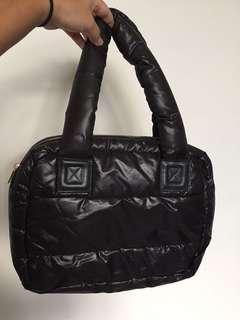 🚚 黑色包包