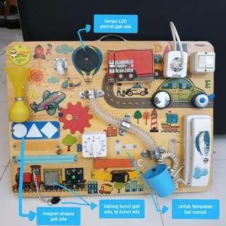 PRELOVED Busy board papan mainan anak