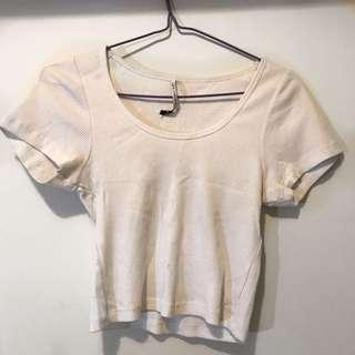 Cropped ribbed tee