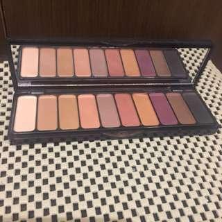 Elf eyeshadow matte pallete pigmented