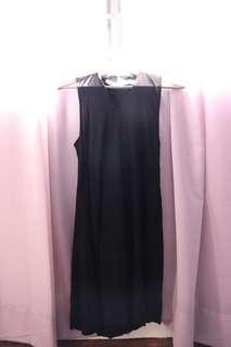 Basic high neck black dress