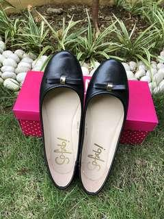 So fab! black leather shoes