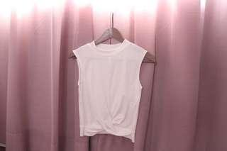 Knotted white top