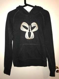 TNA sweater S