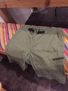 Uniqlo short Berms