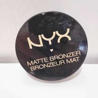 NYX MATTE BRONZER CONTOUR POWDER