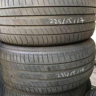 Pre-Owned Michelin Primacy 3 225/55/17 Tyre