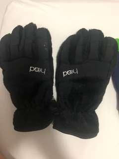 Winter gloves for free