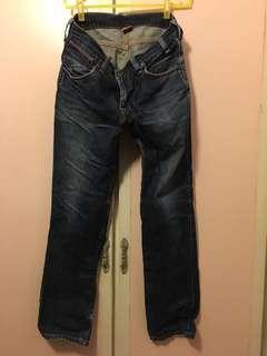 🚚 Levi's 牛仔長褲👖34/34