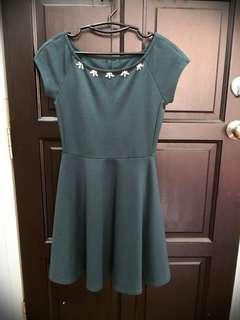Green Dress #APR10