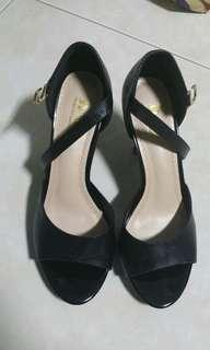 D&G high heels shoes Size 35/ DMK black shoes size 36