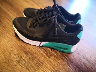 Nike airmax shoes