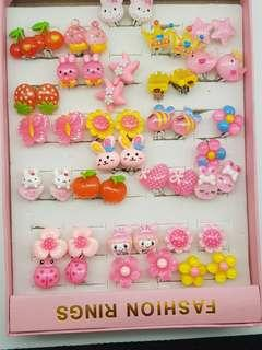 25 lovely pairs of earrings ear clips