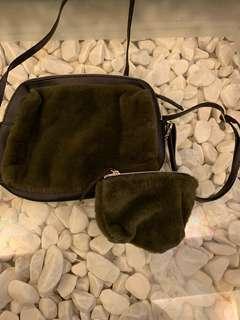 日系毛毛斜咩袋仔連小散子包 Faux Fur Side Bag