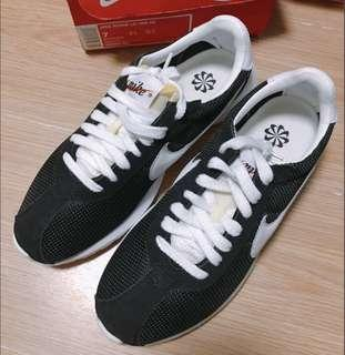 Nike ld1000 black women sports shoes