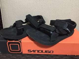 Sandugo Sandals 3 to 4 yrs old