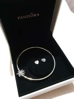 Pandora Limited Editionsterling silver bangle with sparkling star clasp+ sterling silver vintage heart fan earrings