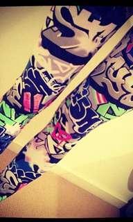 Sportsgirl graffiti leggings