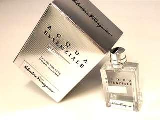 Salvatore Ferragamo Acqua Essenziale Colonia Parfums 意大利製香水