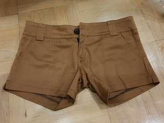 BNWT Club Marc Camel shorts