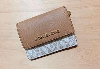 🚚 含運MK Michael Kors 滿版鑰匙零錢包 咖啡米白色