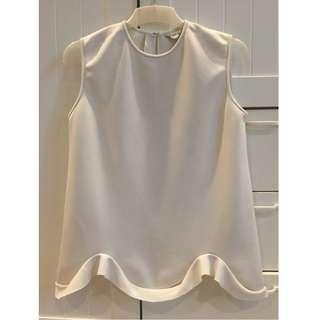 DAY AND NIGHT OFF WHITE SCUBA RUFFLE TOP BLOUSE SZ S