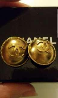 (最低價✔$1000) Chanel vintage 金色cc大圓形耳夾