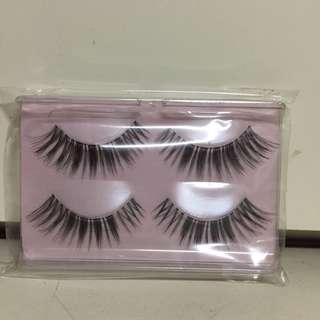 $15 for 2 pairs False Eyelashes 假眼睫毛