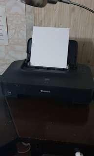 Canon Pixma iP2770 colored printer