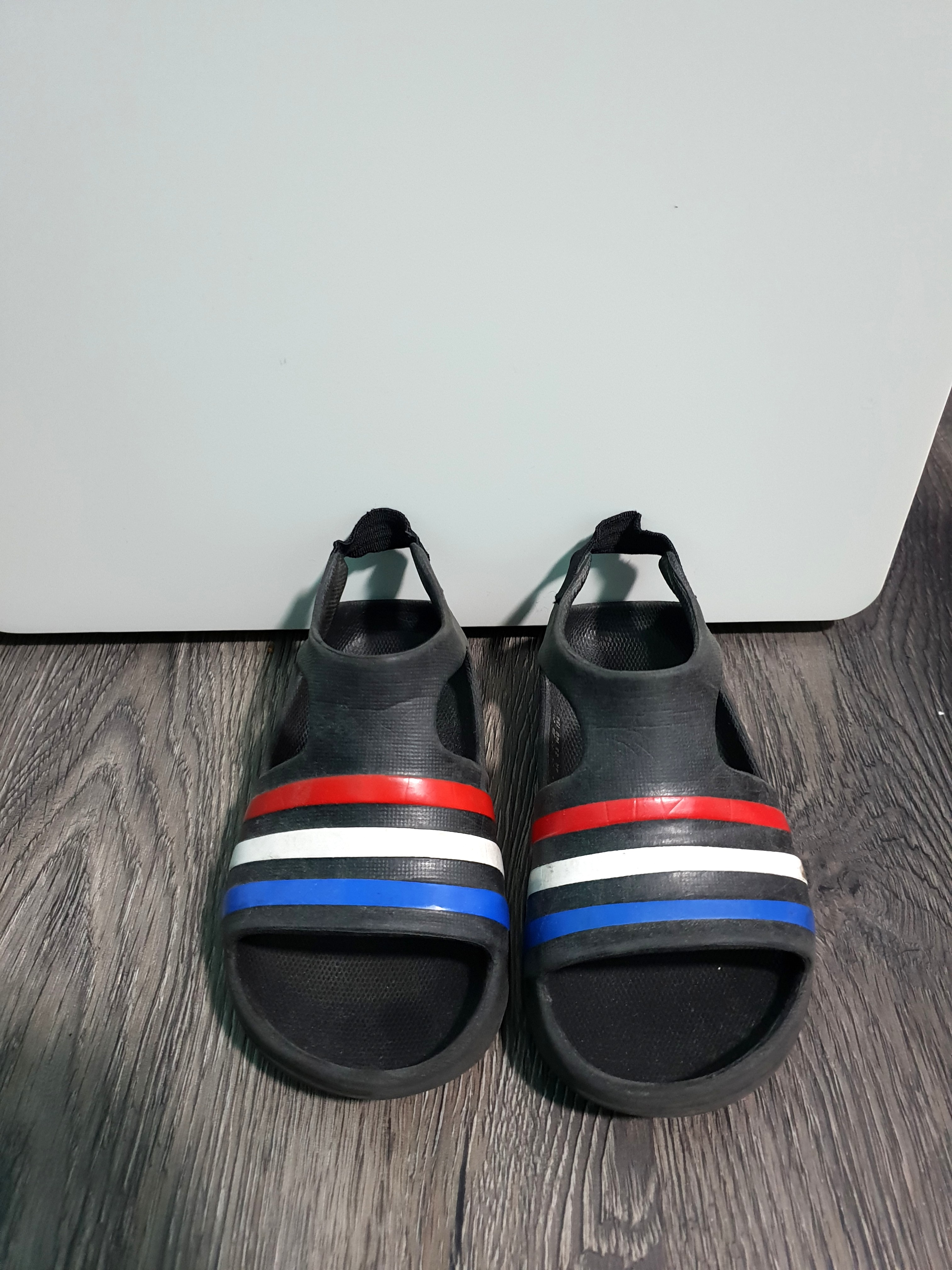 ae424e5eef56e Adidas Adilette Play Slides in Black