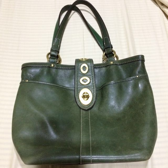 bbc36e9d7fa3 Coach Leather Bag, Women's Fashion, Bags & Wallets on Carousell