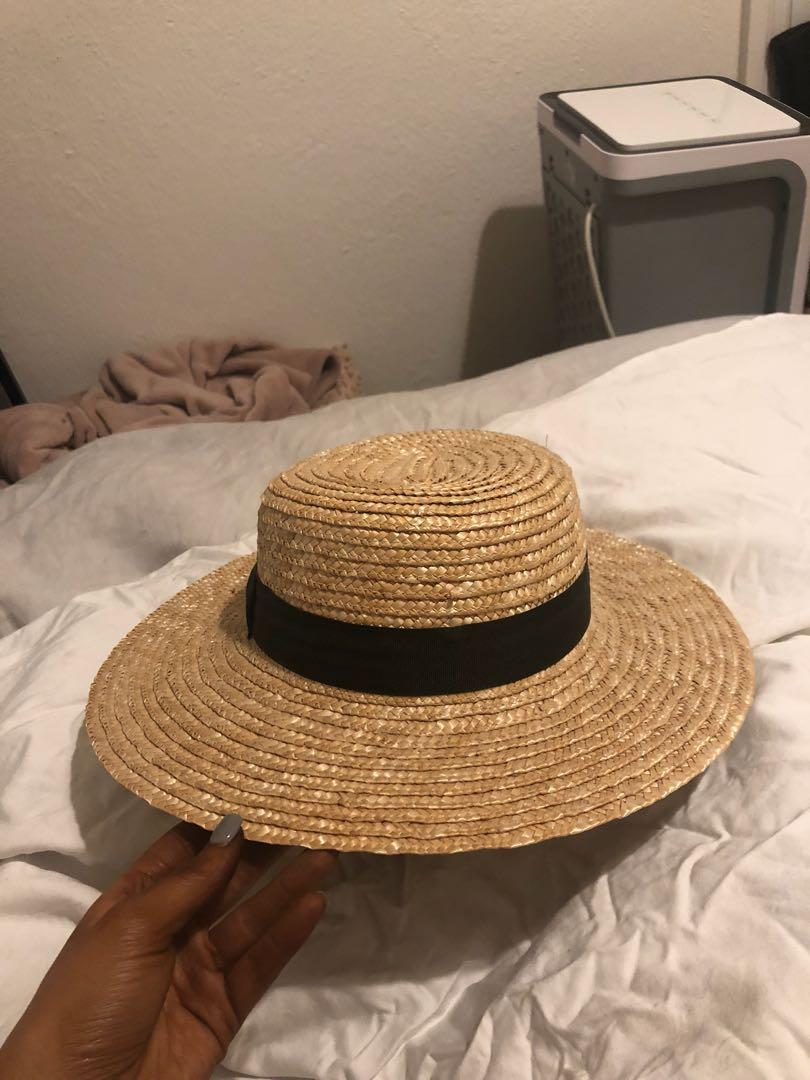 Lack of color straw boater hat