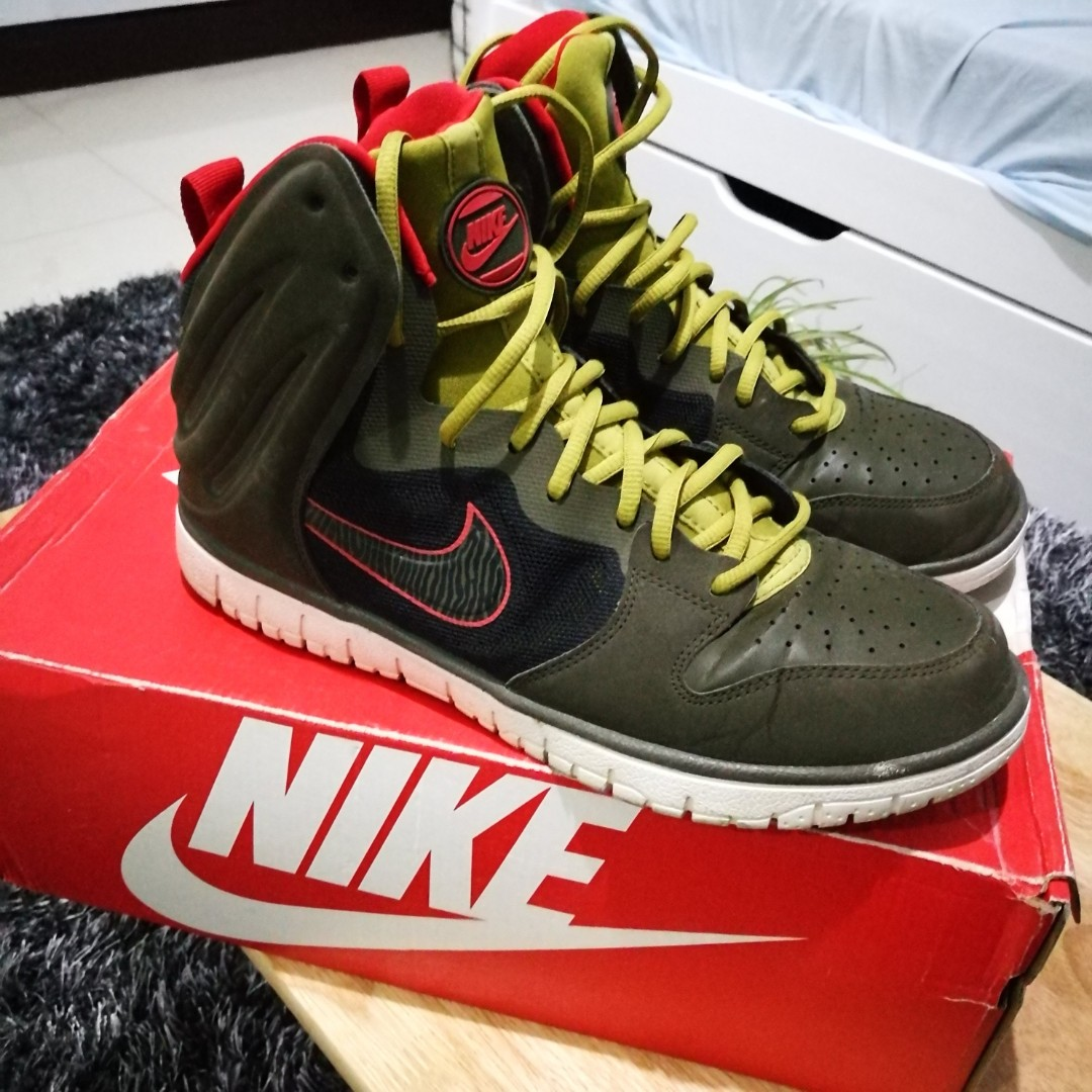 b195a702f454 Nike Dunk Free Sneakers US Mens Size 10