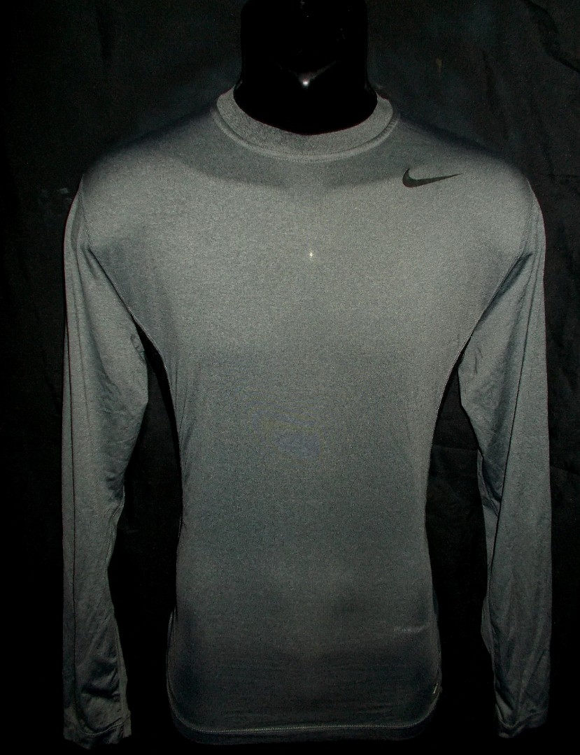 5af6e7c5 Nike Pro inner tight long sleeve jersey L, Sports, Athletic & Sports  Clothing on Carousell