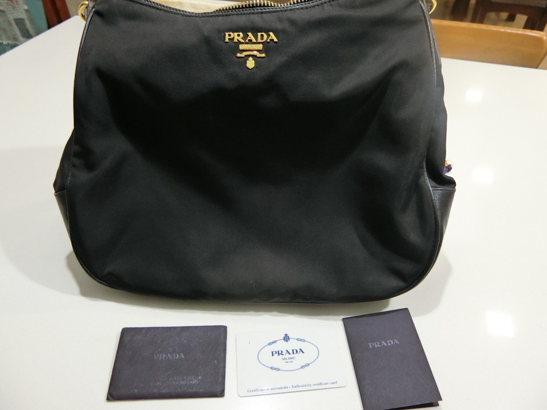 e799e1f714b4 Prada Bag. Authentic. Gently Used. No visible sign of wear.