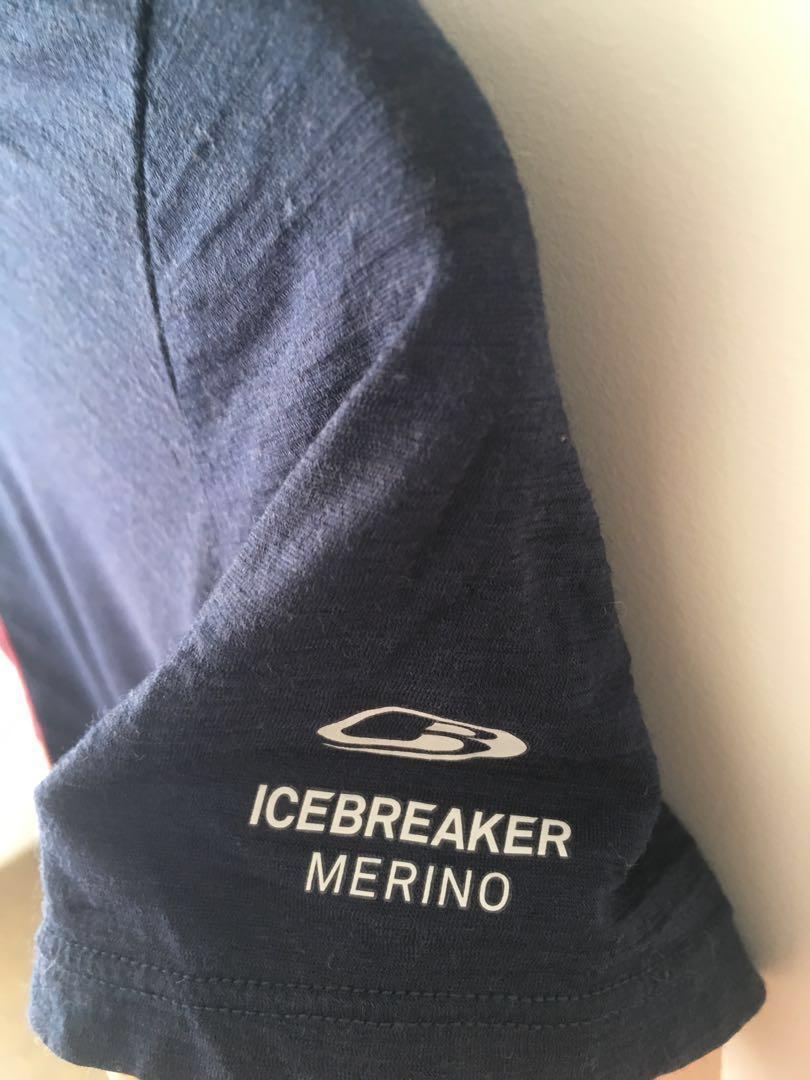 Size S Icebreaker merino shirt
