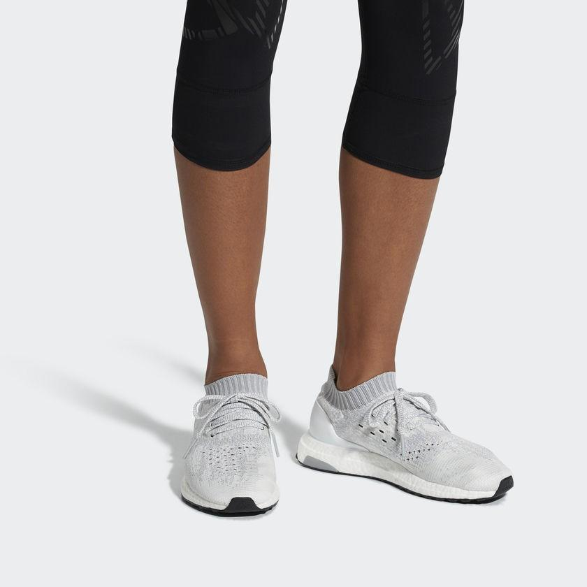 ULTRABOOST UNCAGED SHOES White/grey