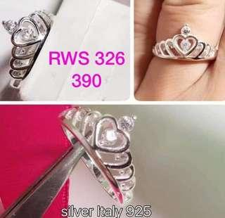 Ring with stone 390