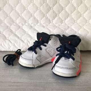 Jordan 6 Shoes size 5C for babies or toddlers
